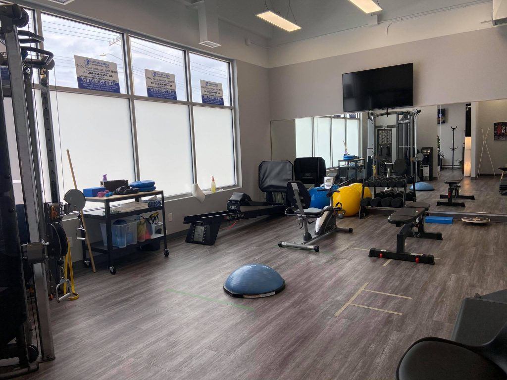 Sports Injury Winnipeg - Athletic Therapy - Physiotherapy - Clinic environment